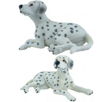 Игрушка-фигурка    ,  щенок долматина L, лежит